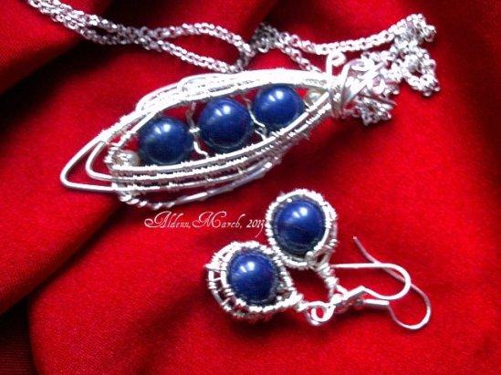 Blue symphony (lapis lazuli)